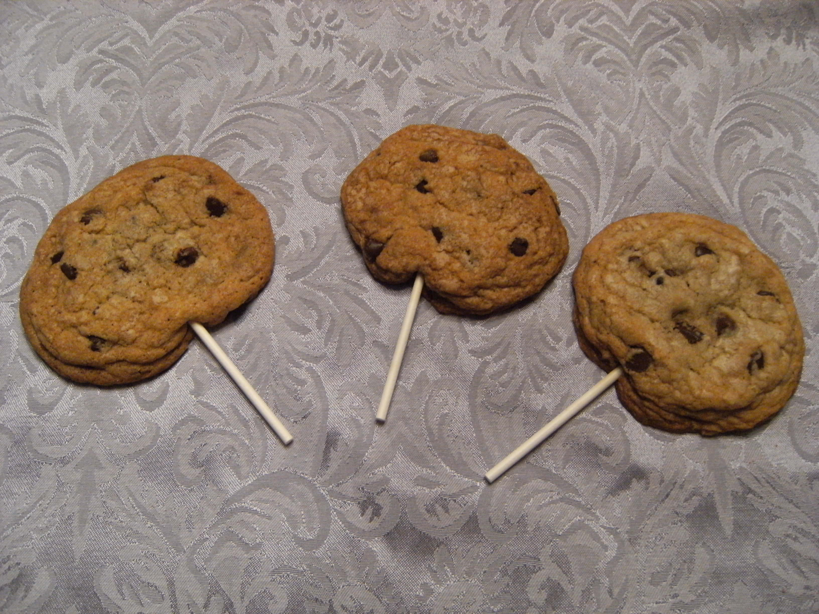 My favorite chocolate chip cookie recipe, turned into chocolate chip cookie pops!