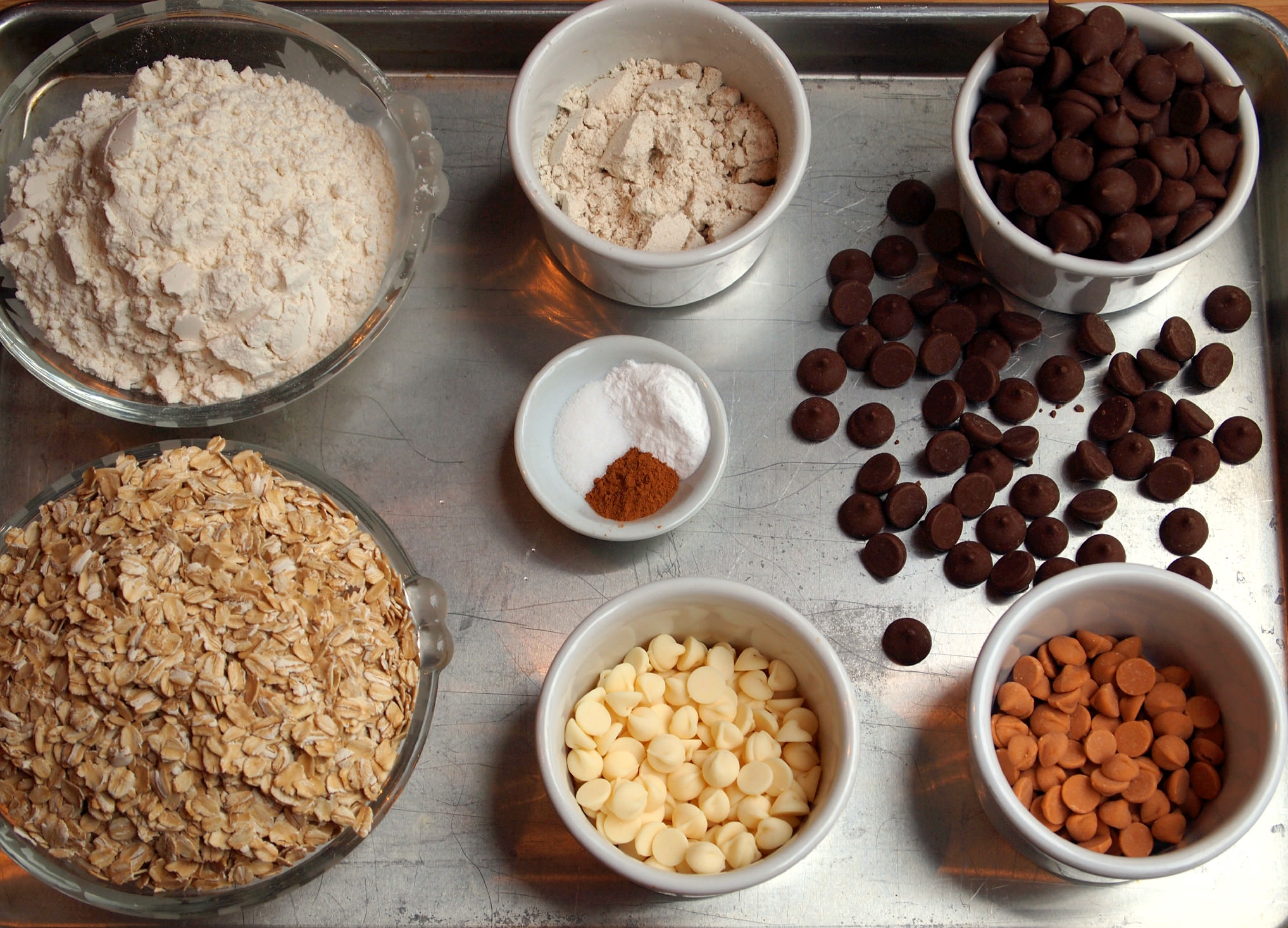 Ingredients to make browned butter oatmeal chip cookies | comfortablydomestic.com