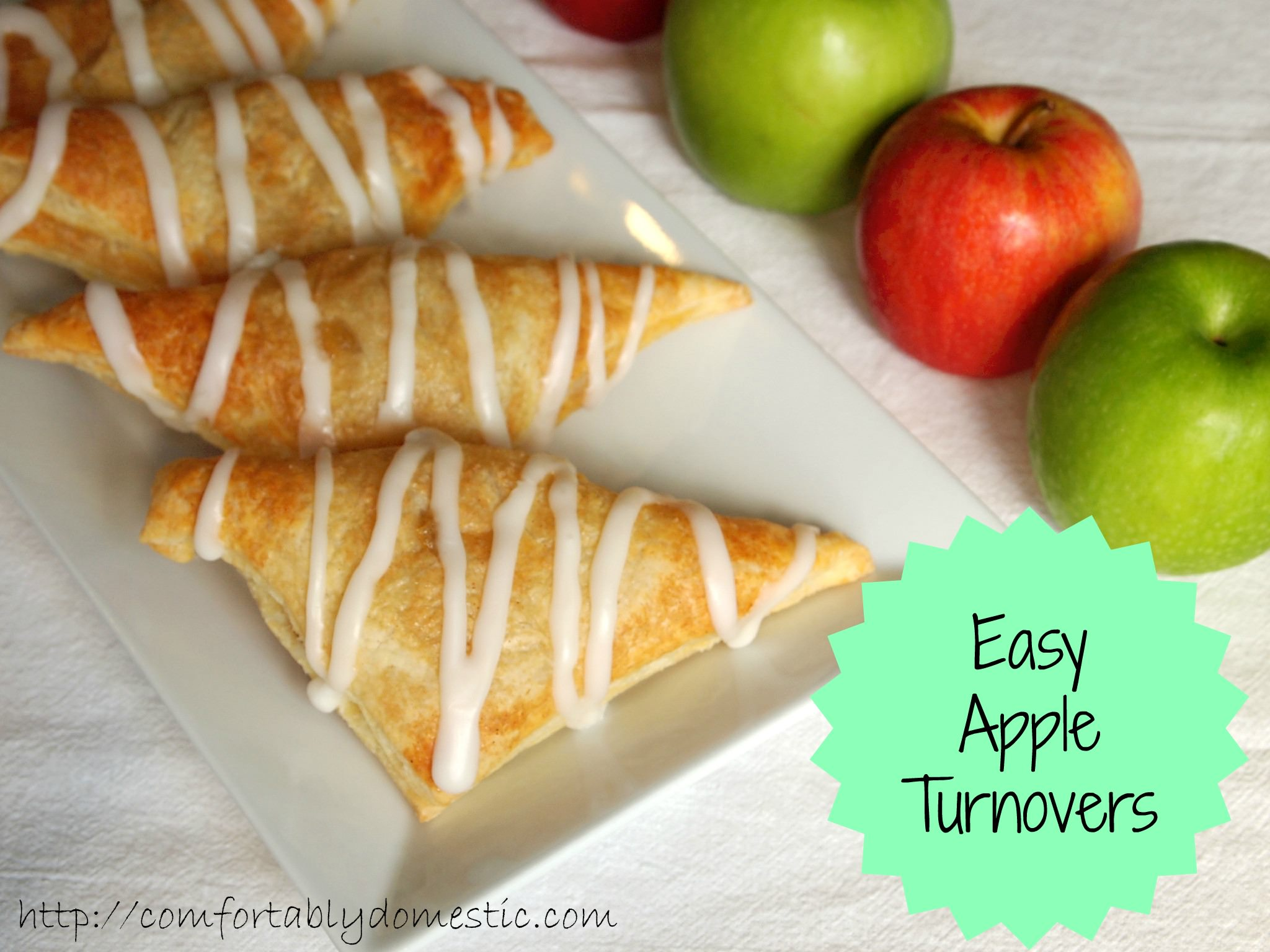 Apple turnovers are a sweet treat in the morning with a cup of coffee, as an afternoon snack, or for a light dessert. The best part is that they're incredibly easy to make! | ComfortablyDomestic.com