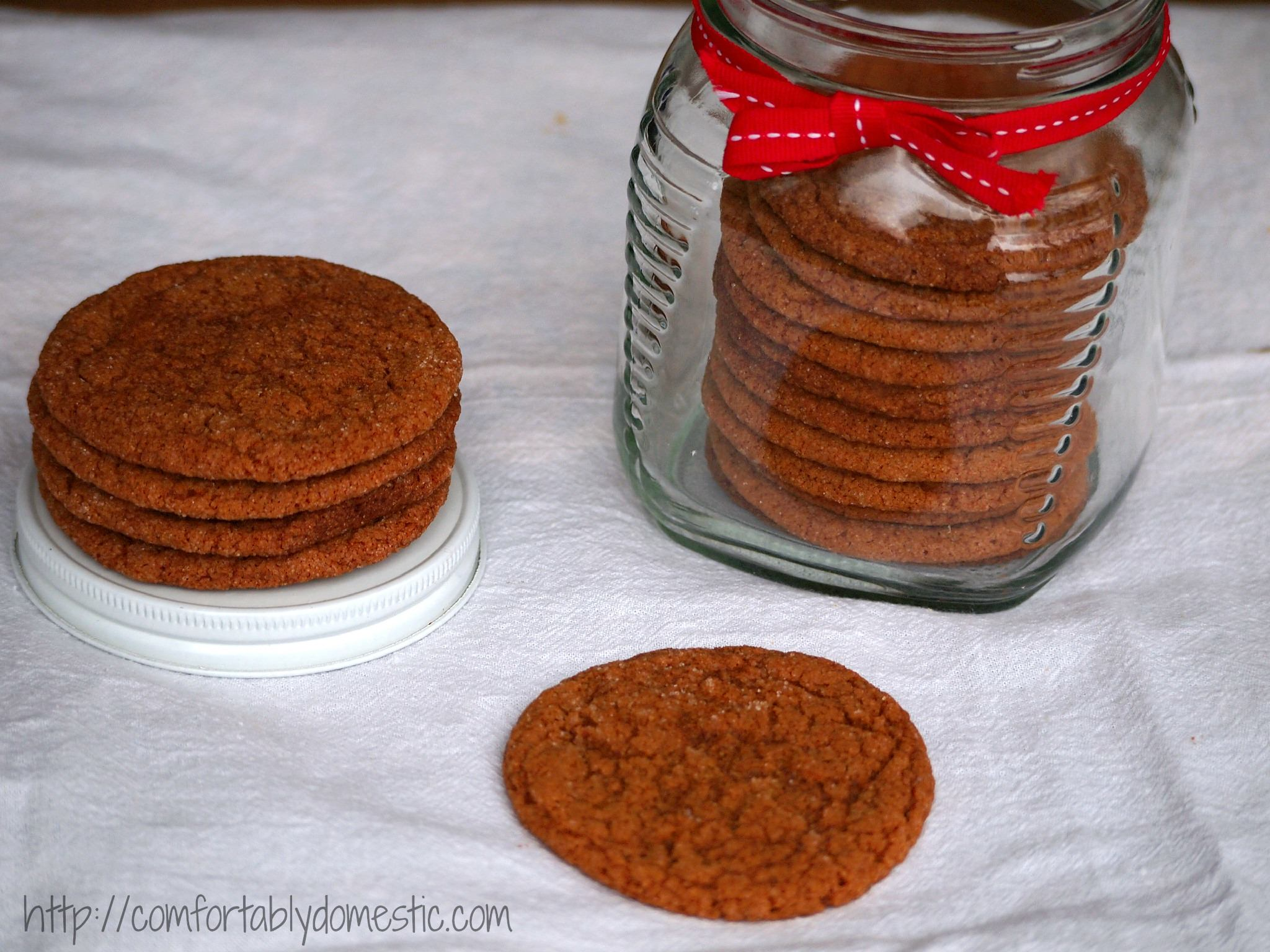 Old Fashioned Gingersnap Cookies Recipe via ComfortablyDomestic.com - Crisp ginger and molasses cookies, just like Grandma used to make.