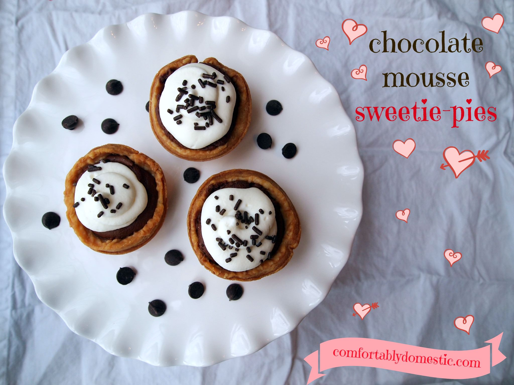 Chocolate Mousse Pie - Chocolate mousse is the star of the show in these adorable and delicious chocolate mousse sweetie pies. The perfect Valentine's Day dessert! | ComfortablyDomestic.com