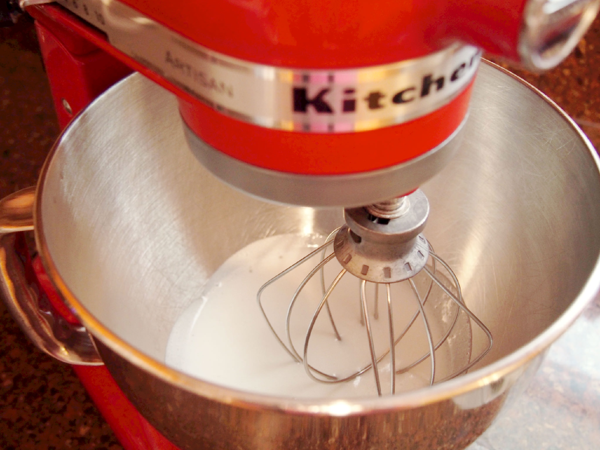whipping meringue