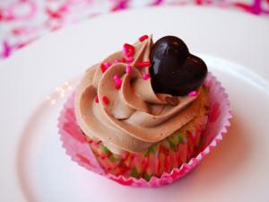 Raspberry Filled Vanilla Cupcakes