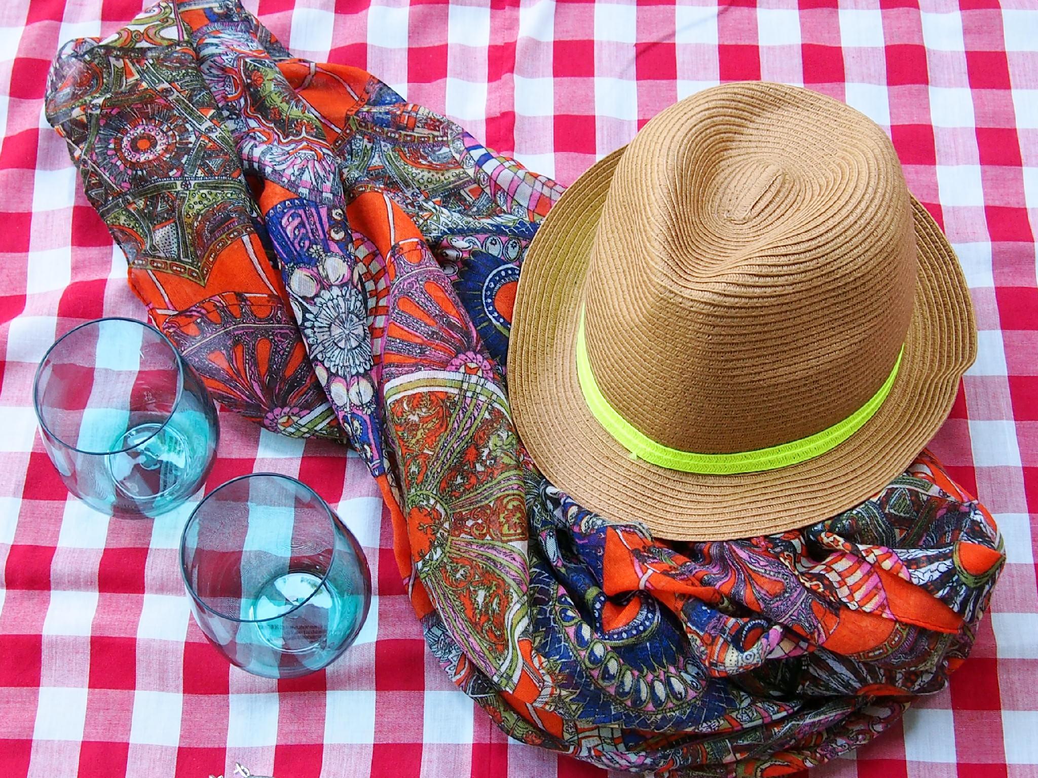 picnic fashion accessories