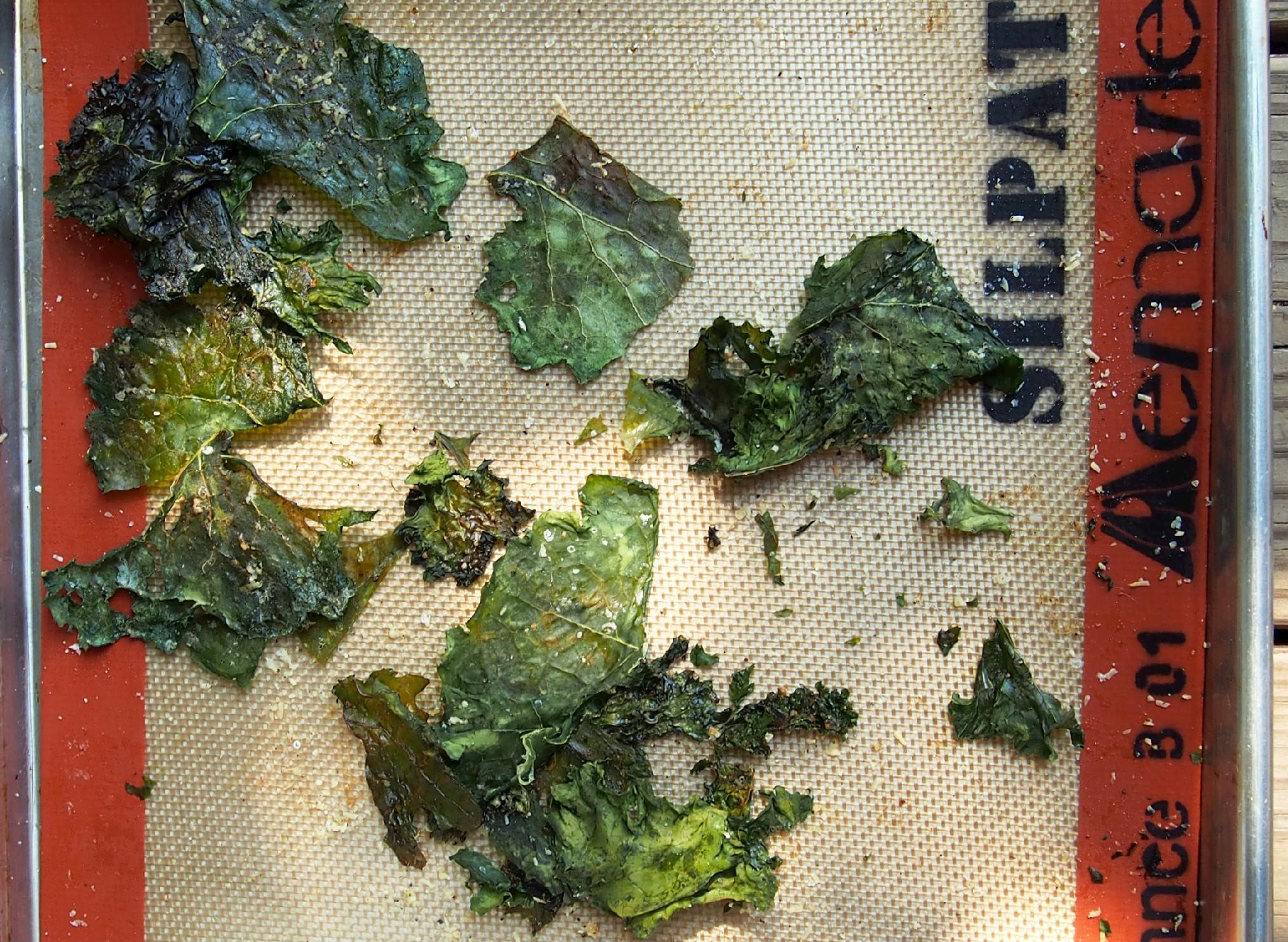 roasted kale chips