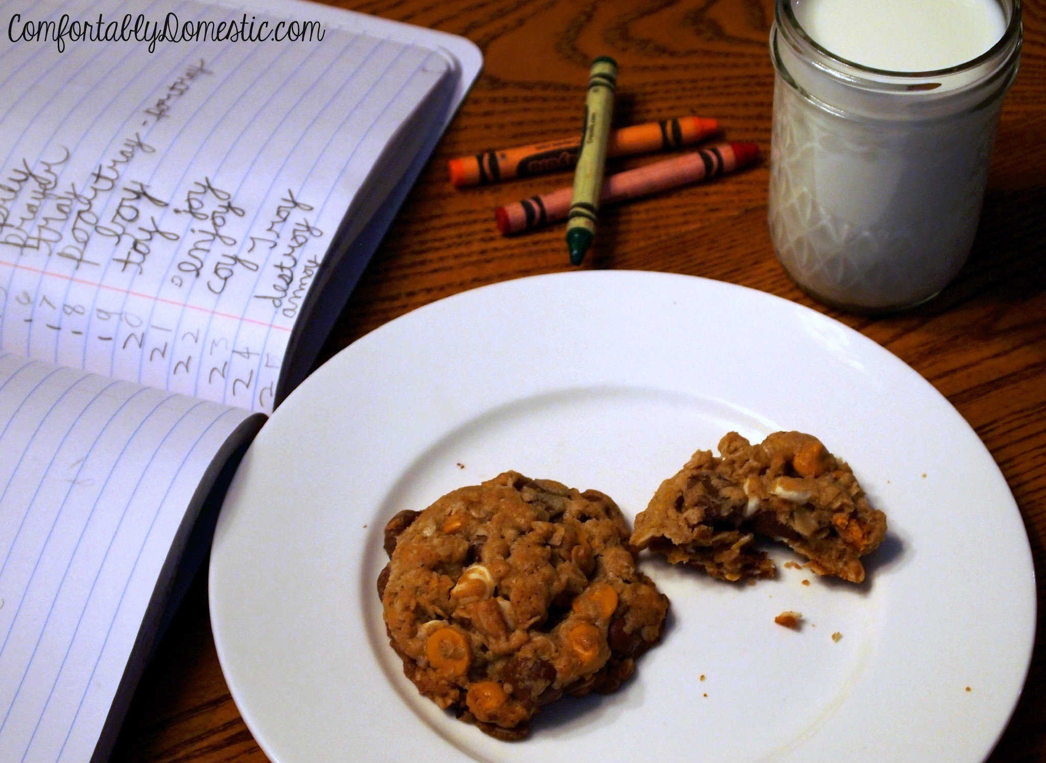 Browned Butter Oatmeal Triple Chip Cookies | ComfortablyDomestic.com