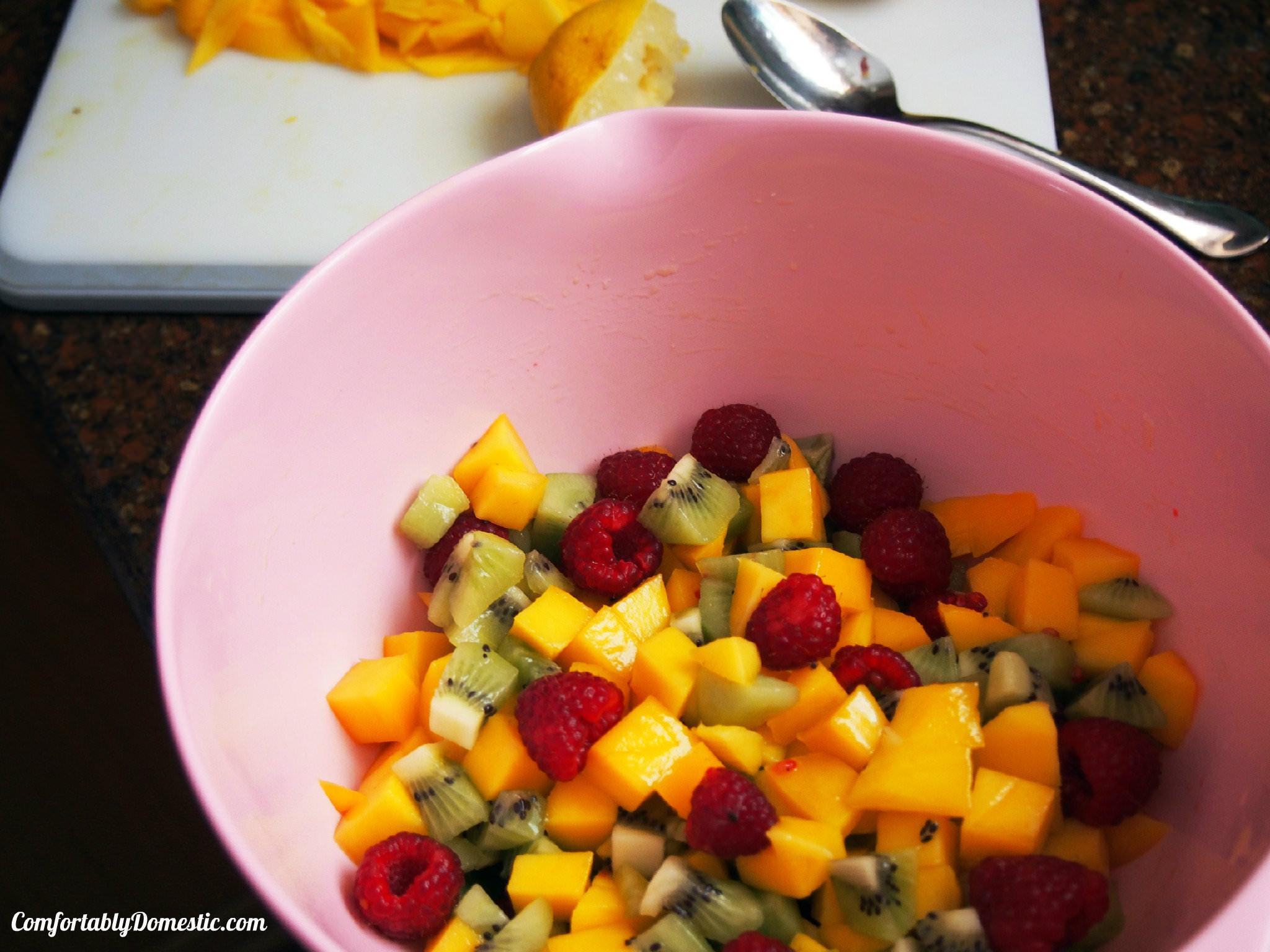 Mango Salsa | ComfortablyDomestic.com