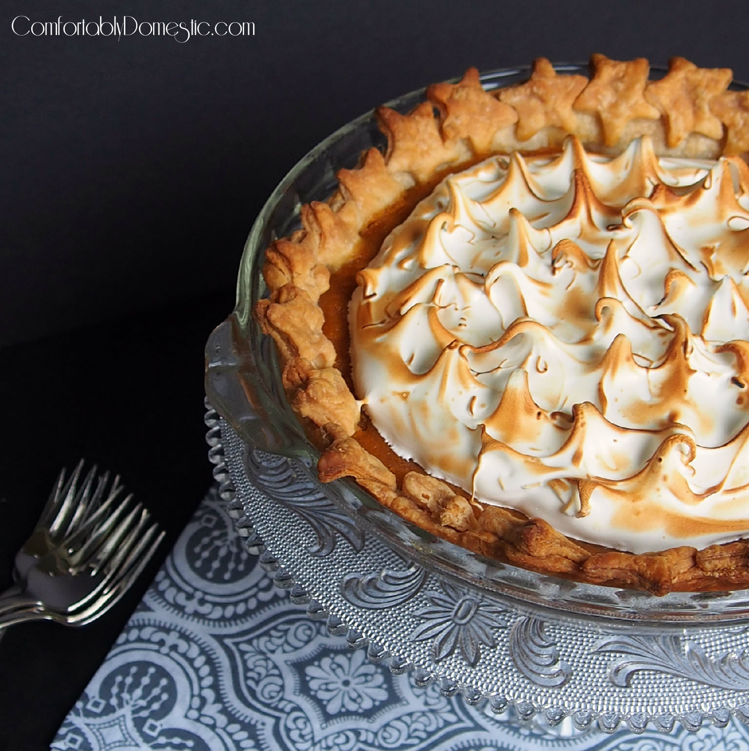 Maple Sweet Potato Pie | ComfortablyDomestic.com