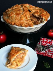 Mile High Apple Pie {Deep Dish Pie}