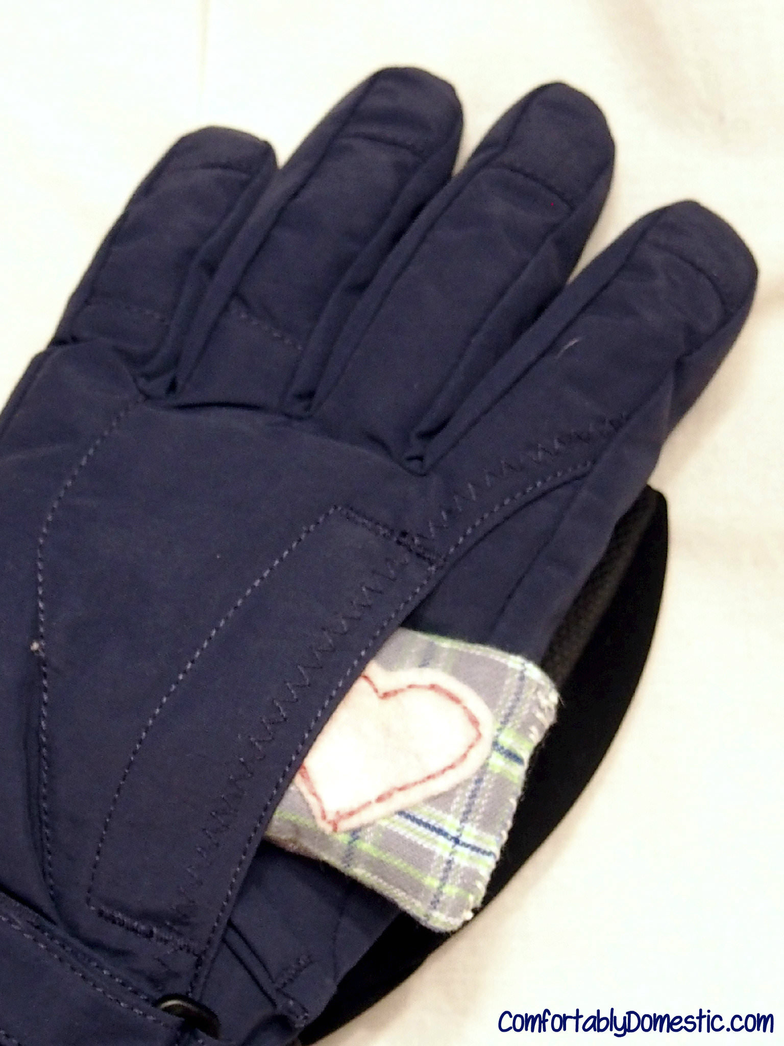 DIY Microwavable Hand Warmers - reusable and inexpensive to make! | ComfortablyDomestic.com