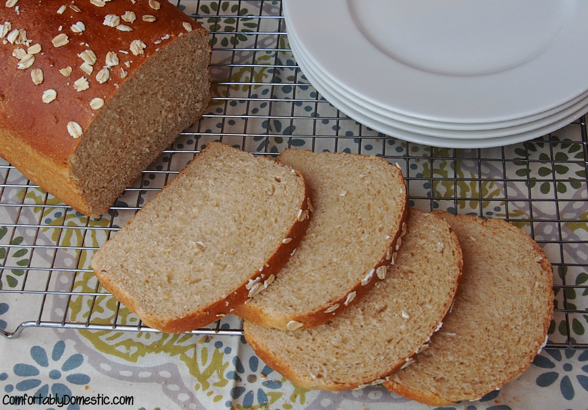 Honey Oatmeal Bread | ComfortablyDomestic.com