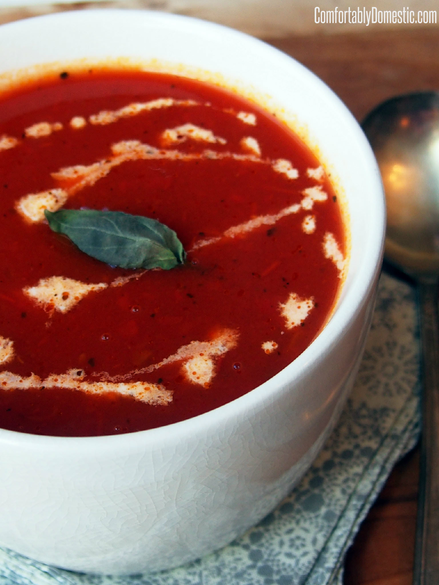 Ten Minute Homemade Tomato Soup Recipe   ComfortablyDomestic.com