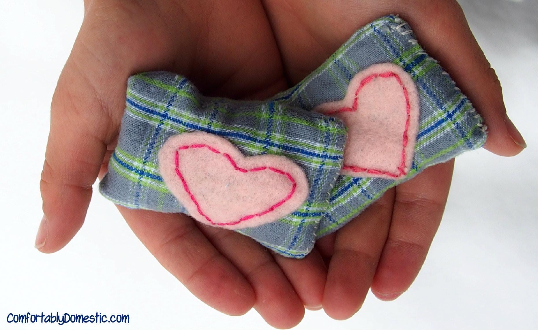 Microwavable Hand Warmers | ComfortablyDomestic.com