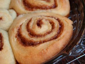 Vanilla Latte Cinnamon Rolls