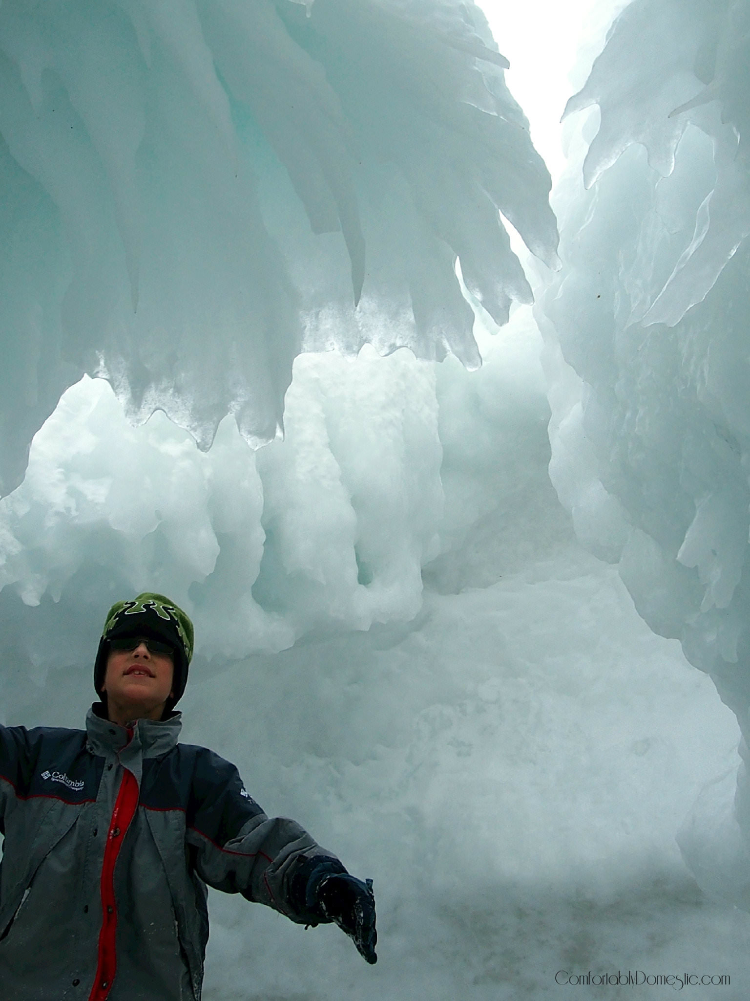 how to get to the ice caves in norton