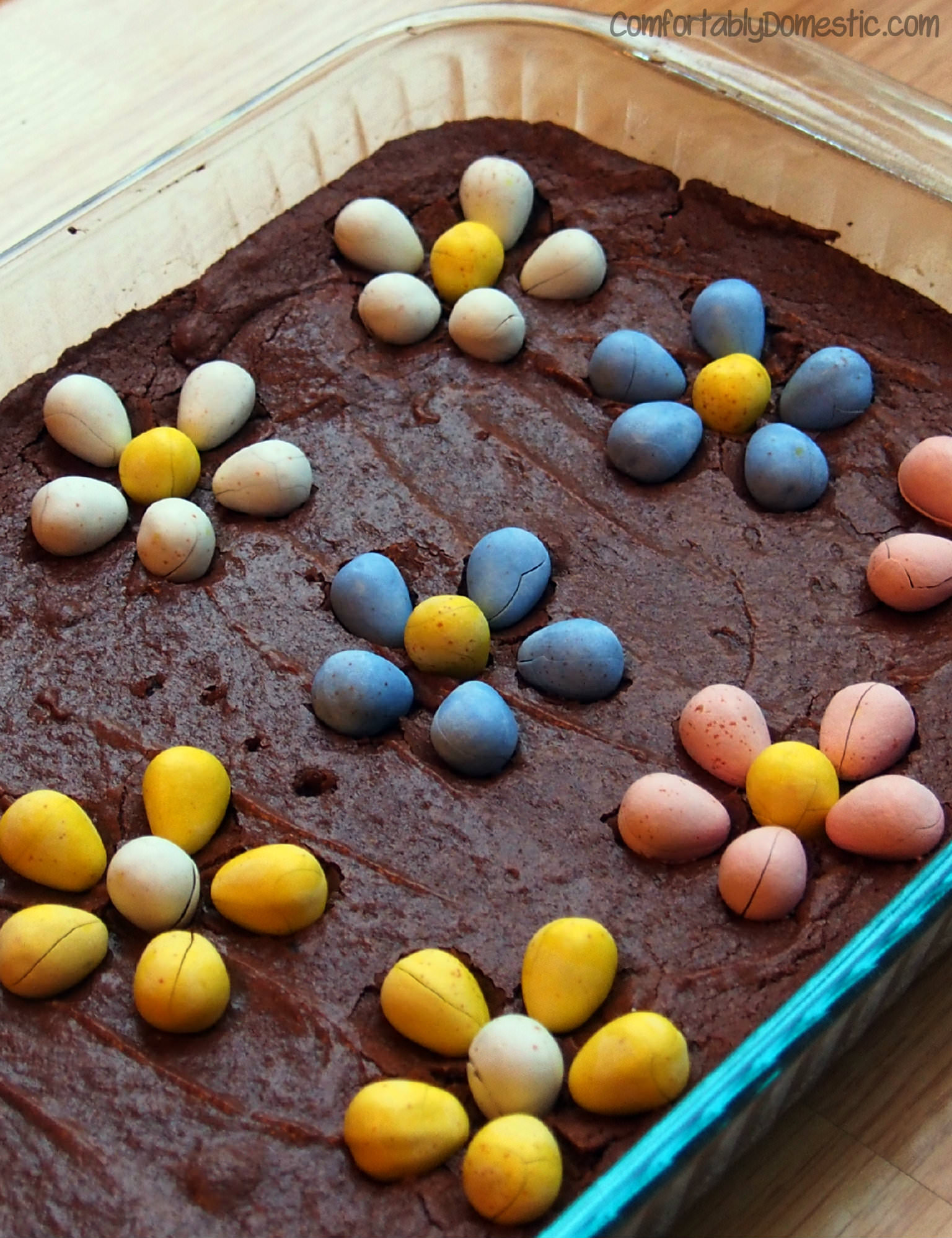 One Bowl Fudge Brownies from scratch, with Cadburry Mini Eggs | ComfortablyDomestic.com