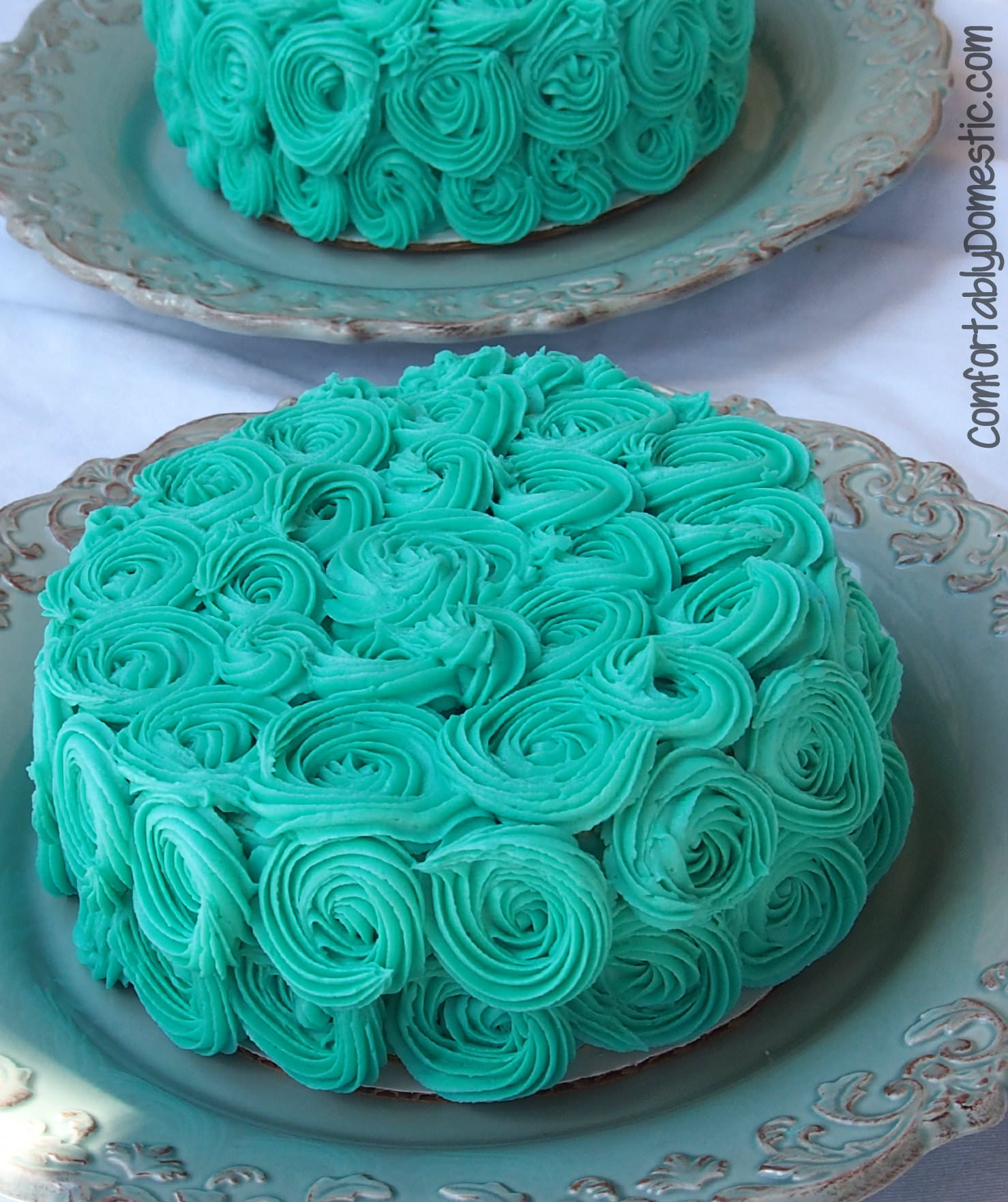 Sweet Rose Smash Cakes | ComfortablyDomestic.com