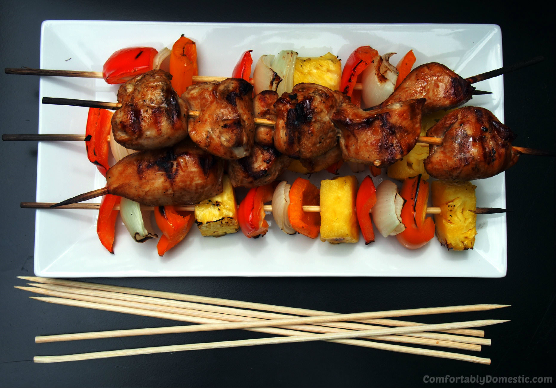 Soy Ginger Chicken Kabobs | ComfortablyDomestic.com and 3 Rules of Easy Entertaining