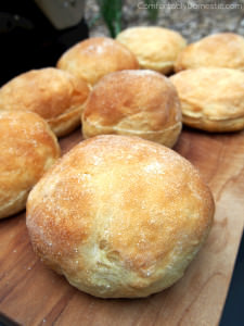 Cornmeal Burger Buns Recipe