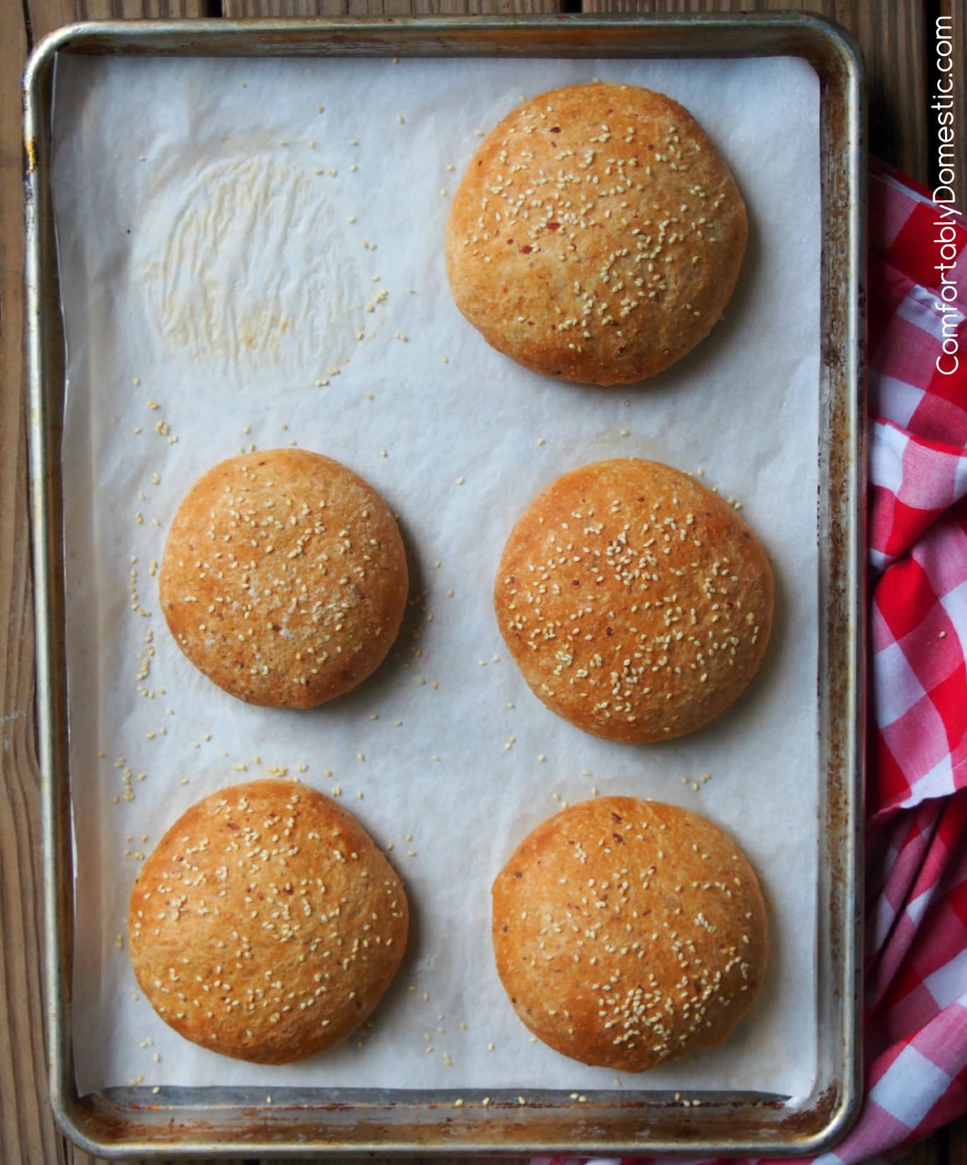 Italian Herb and Cheese Burger Buns | ComfortablyDomestic.com