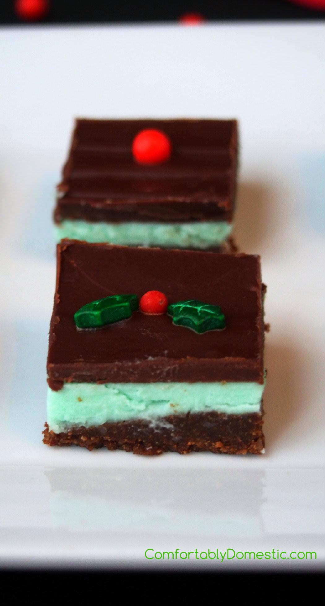 Creme-de-Menthe-Cookie-Bars | ComfortablyDomestic.com