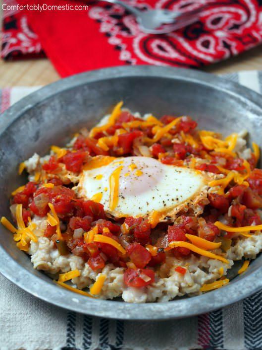 huevos-rancheros-savory-oats | ComfortablyDomestic.com