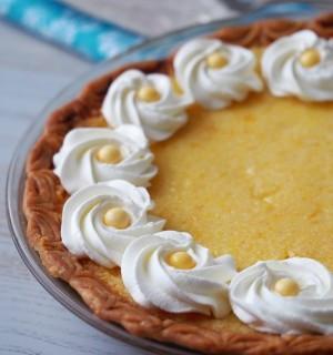 Classic-Lemon-Chess-Pie