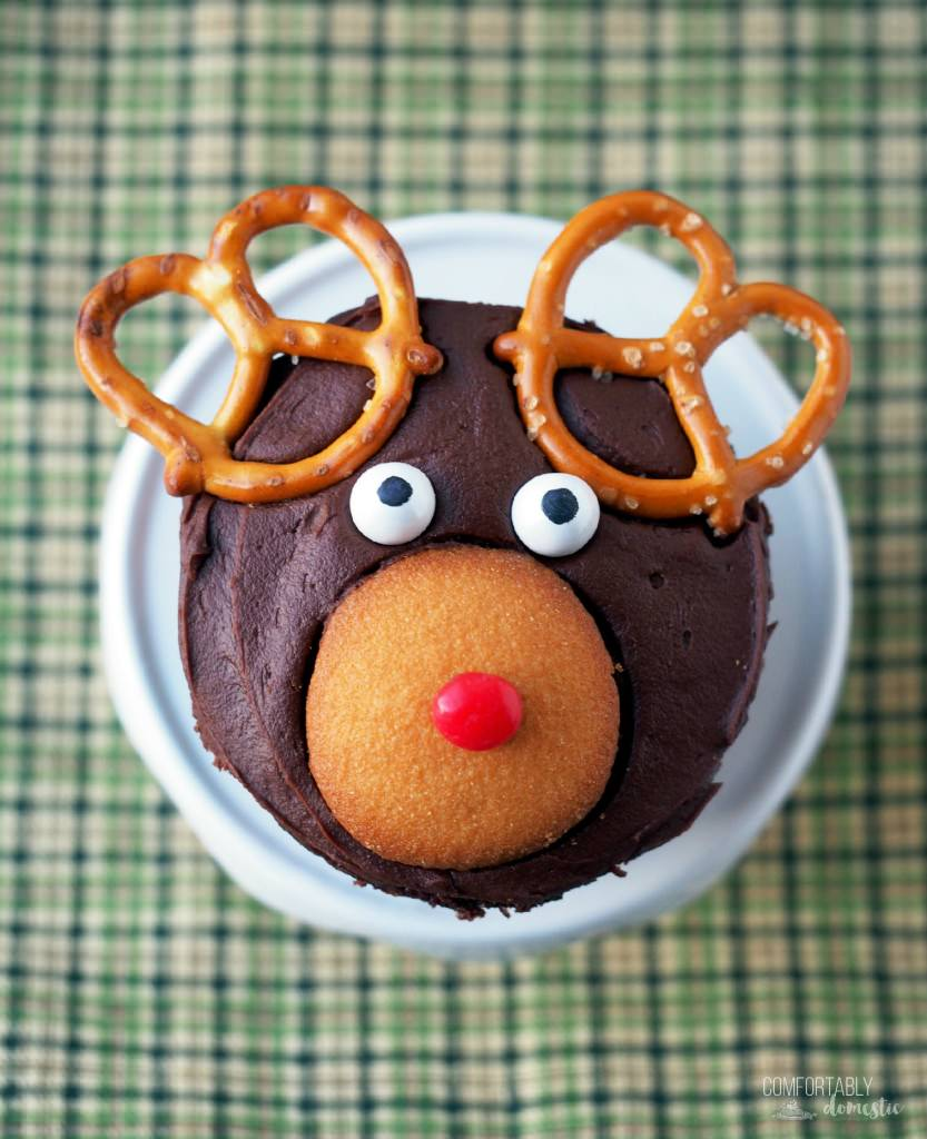 Rudolph-the-Red-Nosed-Reindeer-Cupcakes | ComfortablyDomestic.com