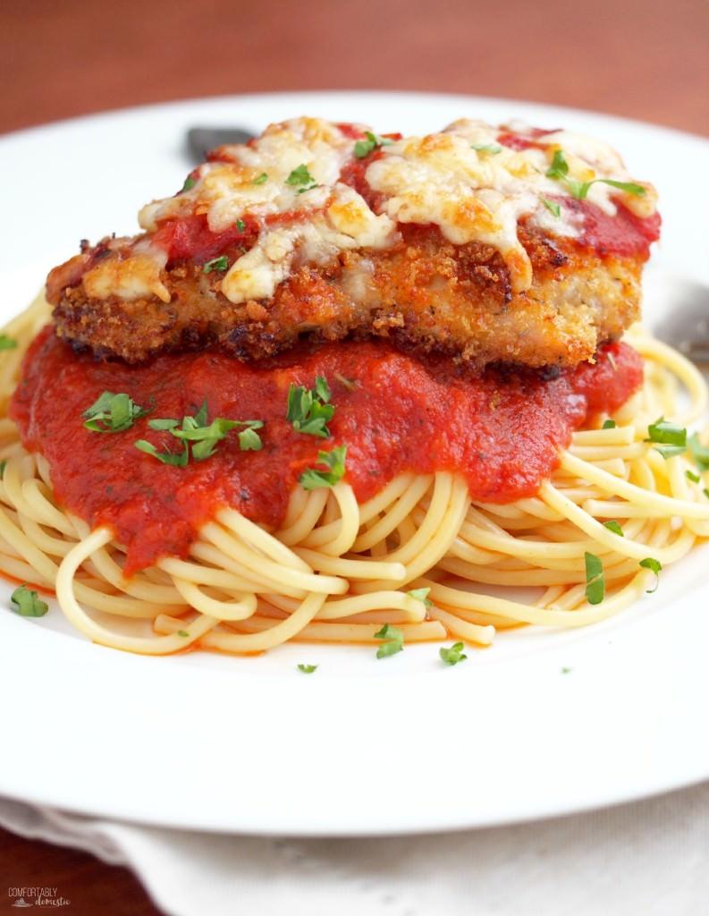 Baked-Parmesan-Chicken| ComfortablyDomestic.com