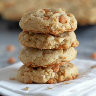 Soft-Batch-Oatmeal-Scotchies-Cookies-are-so-soft-and-chewy-with-just-the-right-amount-of-butterscotch-sweetness | ComfortablyDomestic.com